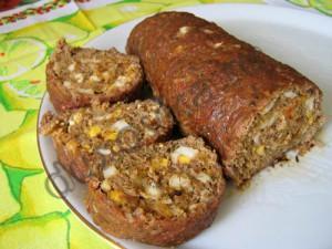 мясной рулет с луком и яйцом фото рецепт #6