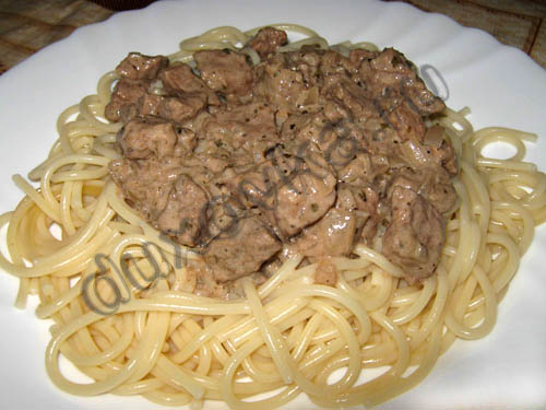 тушеное мясо в соусе рецепт с фото