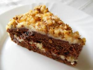 Шоколадный торт со сметаной