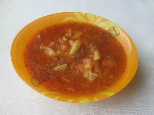 Картофель с кабачками и мясом на плите