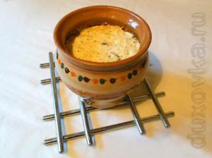 Фото: Картошка с грибами в горшочке