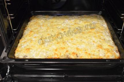 Фото: Шаг 10: отправить запеканку в духовку на 30 минут
