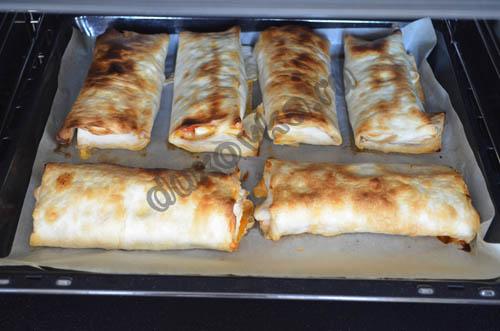 сосиски в лаваше в духовке рецепт с фото