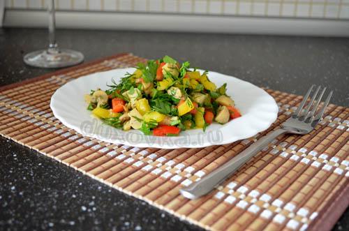 салат из маринованных шампиньонов рецепт
